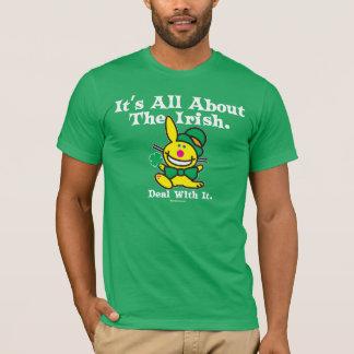 T-shirt Il est tout au sujet de l'irlandais (le vert)