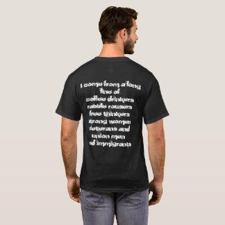 T-shirt immigré patriotique avec la conception de