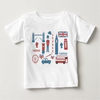 T-shirt infantile blanc de rétro bébé d'amour