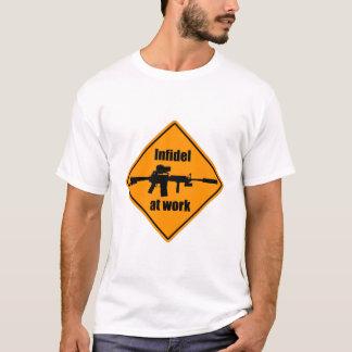 T-shirt Infidèle au travail