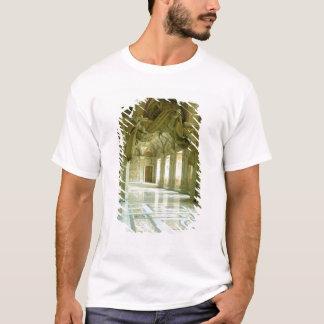 T-shirt Intérieur avec la vue des anges sculptés
