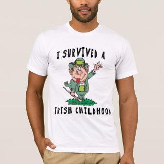 T-shirt Irlandais drôle - j'ai survécu à un enfance