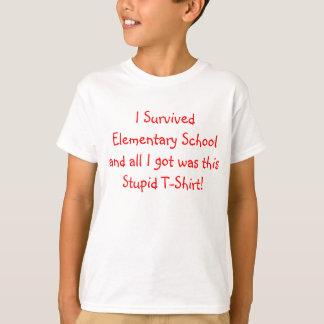 T-shirt J'ai survécu à l'école primaire !