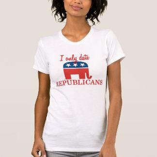 T-shirt Je date seulement des républicains réservoir