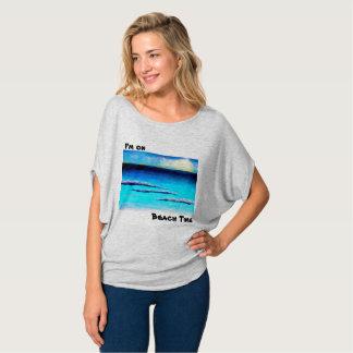 T-shirt Je suis sur des femmes de temps de plage