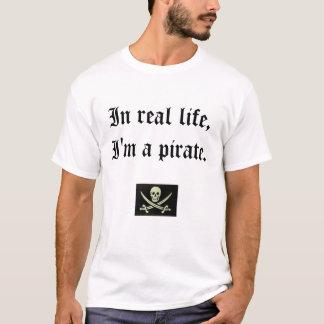 T-shirt Je suis un pirate.  Jurez