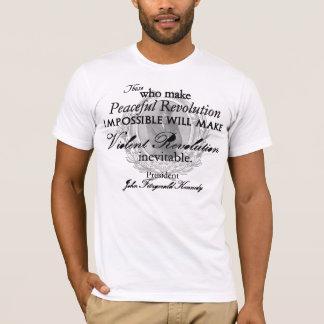 T-shirt JFK sur la révolution paisible ou violente