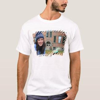 T-shirt Joli étudiant universitaire étudiant dans le