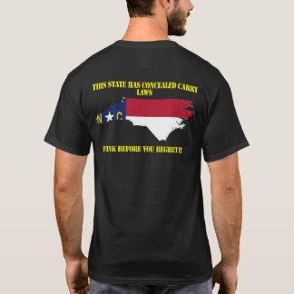T-shirt La Caroline du Nord a caché portent la chemise
