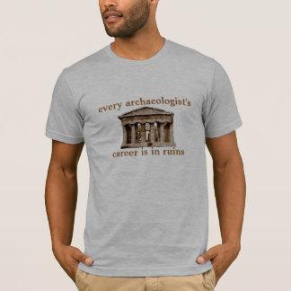 T-shirt La carrière de chaque archéologue est dans les