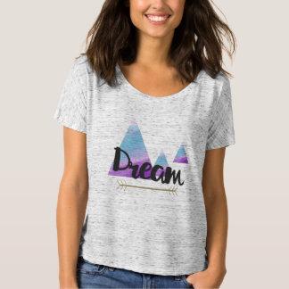 T-shirt La chemise des femmes rêveuses de style