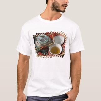 T-shirt La Chine, Hong Kong. Théière et 3 de chinois