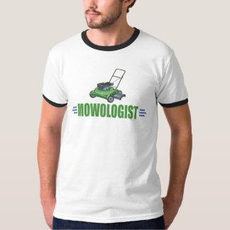 T-shirt La cour de pelouse fauchant, fauchent des