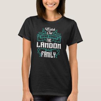 T-shirt La famille de LANDON. Anniversaire de cadeau