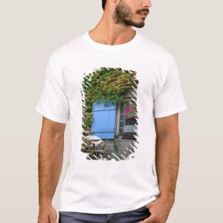 T-shirt La France, Les Baux De Provence, patio de café