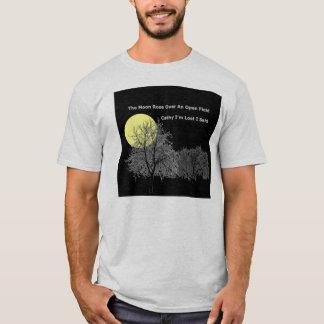 T-shirt La lune s'est levée au-dessus d'un champ ouvert