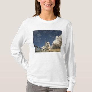 T-shirt La navette spatiale l'Atlantide enlève 20