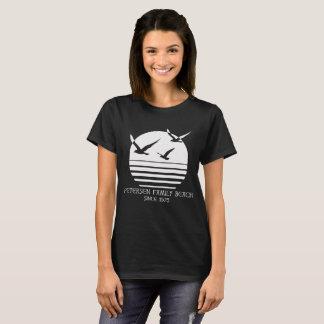 T-shirt La pièce en t foncée des femmes de plage de