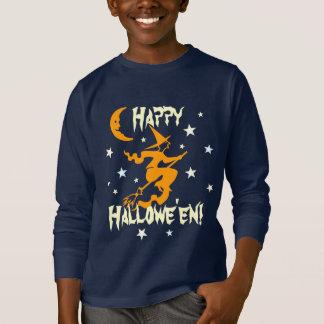 T-shirt La sorcière heureuse de Halloween sur le balai