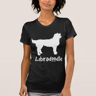 T-shirt Labradoodle avec le texte frais (dans le blanc)