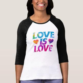 T-shirt L'amour est amour
