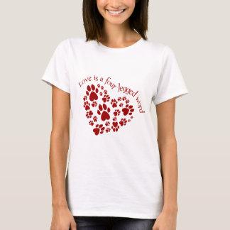 T-shirt L'amour est un mot quatre à jambes