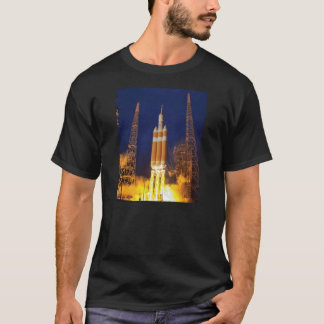 T-shirt Lancement de Rocket de vaisseau spatial de la NASA