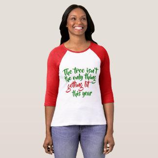 T-shirt L'arbre n'est pas la seule chose obtenant le Lit