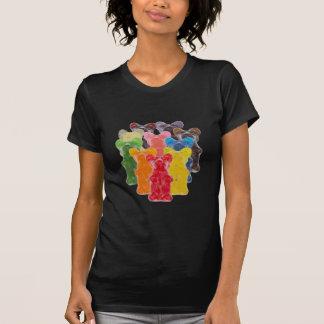 T-shirt l'arc-en-ciel colore l'ours gommeux d'amant de