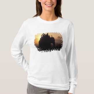 T-shirt L'Asie, Inde, Kanha NP, safari d'éléphant