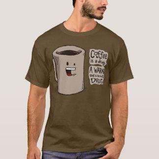 T-shirt Le café est une chemise de drogue