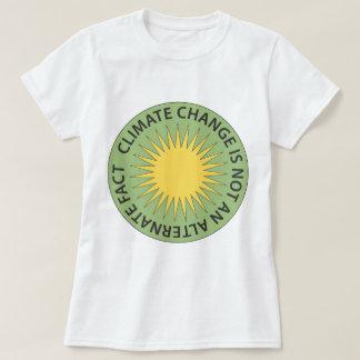 T-shirt Le changement climatique n'est pas un fait