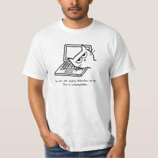 T-shirt Le chat fâché exige l'attention