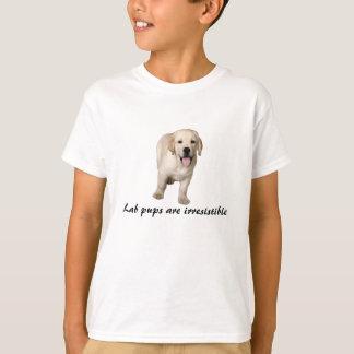 T-shirt Le chiot de labrador retriever badine la chemise
