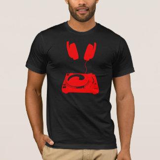 T-shirt le DJ dans la fabrication