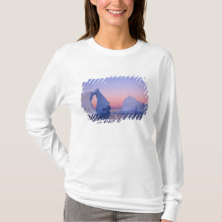 T-shirt Le Groenland, iceberg au coucher du soleil