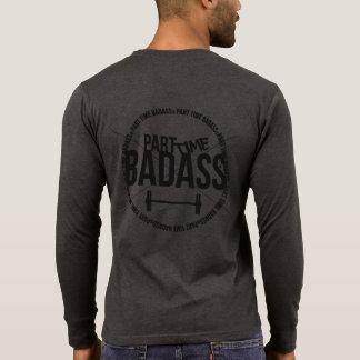 T-shirt Le henley des hommes À TEMPS PARTIEL de BADASS-