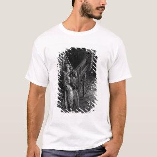 T-shirt Le marin regarde fixement sur les serpents dans