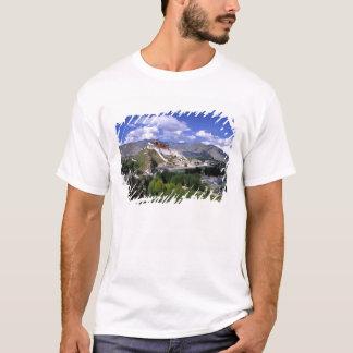 T-shirt Le Palais du Potala sur la gamme de montagne de