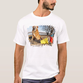 T-shirt Le portrait du chien à la plage avec le sable
