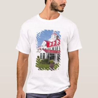 T-shirt Le Québec, Canada. Hôtel historique Tadoussac, 2