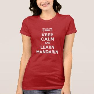 T-shirt Le rouge de dames gardent le calme et apprennent