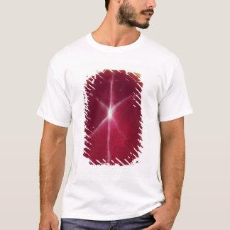 """T-shirt Le rubis d'étoile de """"Rosser Reeves"""""""