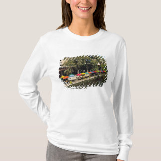 T-shirt Le Texas, Riverwalk, dinant sur le bord de la