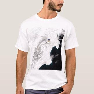 T-shirt Le volcan de Shiveluch dans le Kamtchatka Krai,