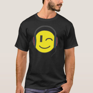 T-shirt L'émoticône de smiley du DJ