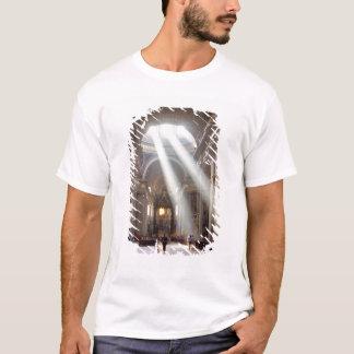 T-shirt Les axes de la lumière du soleil versent par les