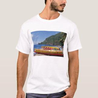 T-shirt Les Caraïbe, BWI, St Lucia, voiliers, Soufriere.