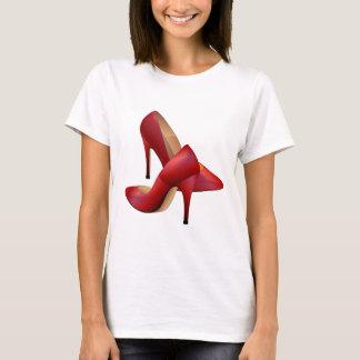 T-shirt Les chaussures de rouge