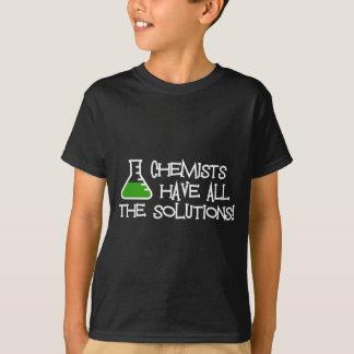 T-shirt Les chimistes ont toutes les solutions